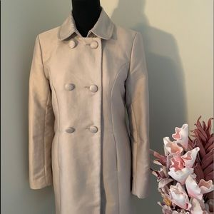 Beige coat size from H&M size 6